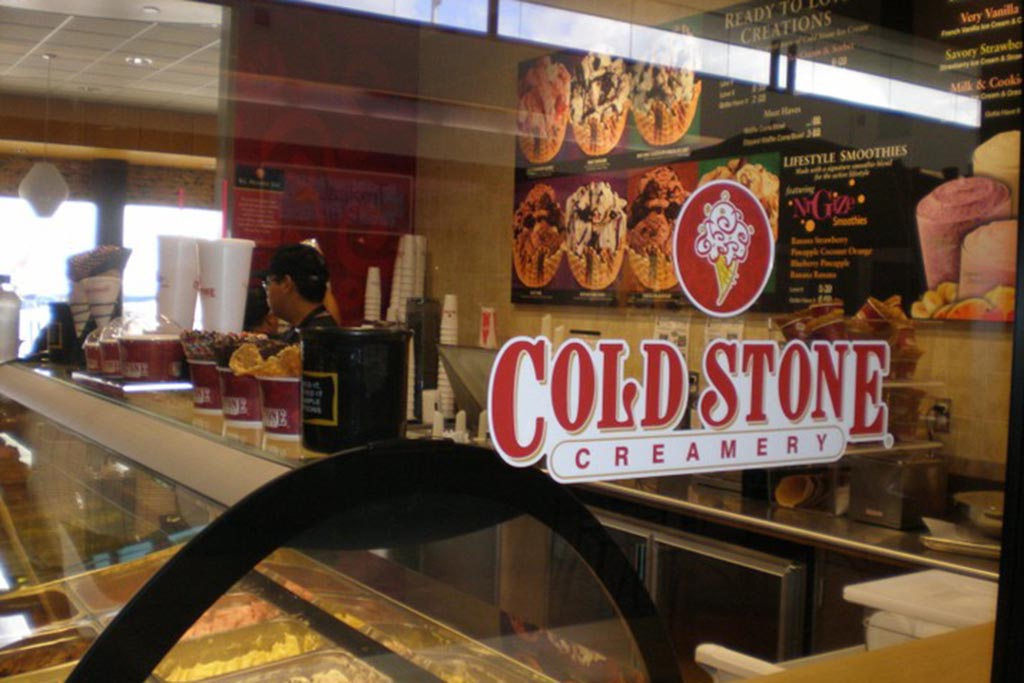 Coldstone Creamery Finest, freshest ice cream, smoothies, and shakes using only the highest quality ingredients.  Open daily 9:30 a.m.-10:00 p.m.