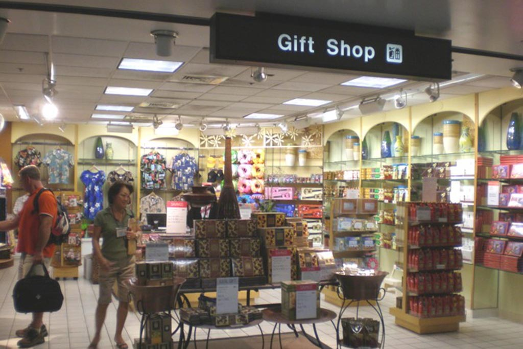 Gift Shop (Clothing) Open daily 8:30 a.m. – 5:30 p.m.