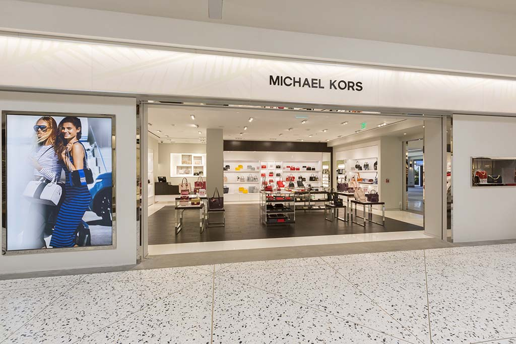 Michael Kors Award-winning designer of luxury handbags.  Open daily 7:00 a.m. – 4:00 p.m.