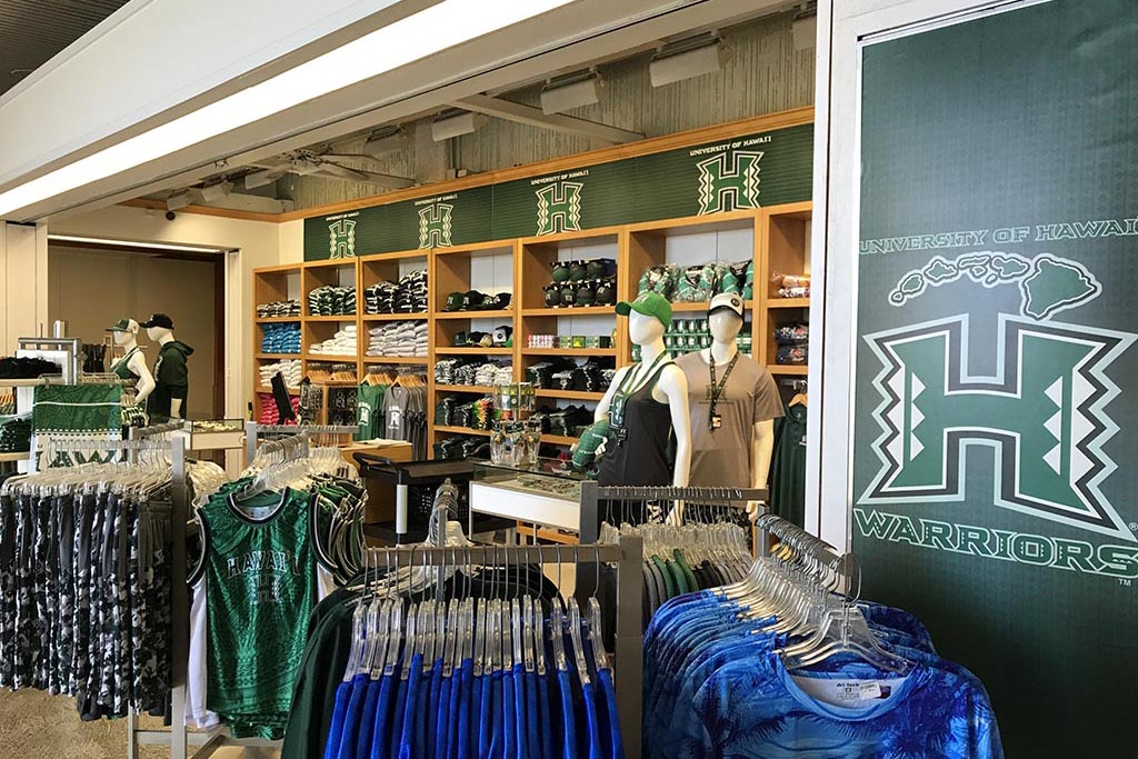 University of Hawaii Warriors Shop Open daily 7:30 am – 3:30 pm  4:00 p.m. – 6:00 p.m.