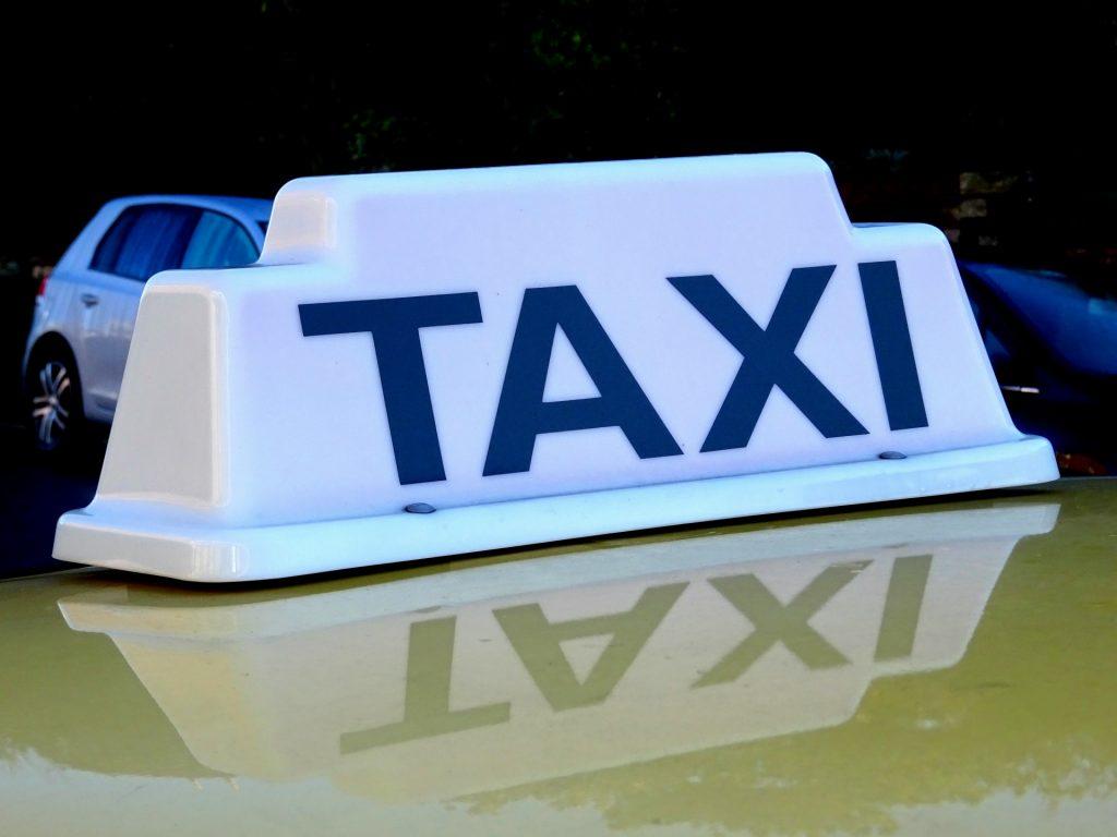 Kahului Airport | Taxicab